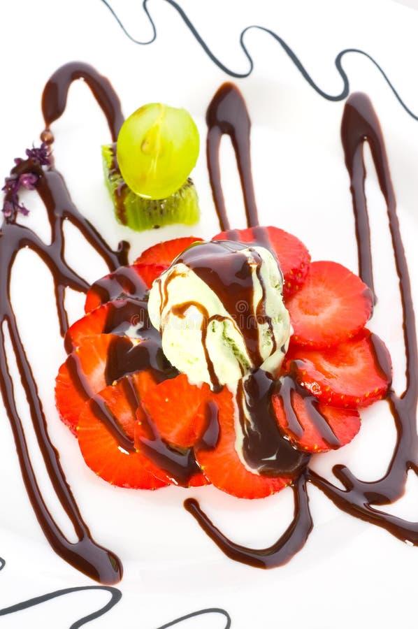 Helado delicioso de fresa foto de archivo libre de regalías