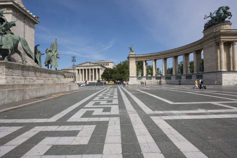 Helden` Vierkant, Boedapest, Hongarije, dag stock fotografie