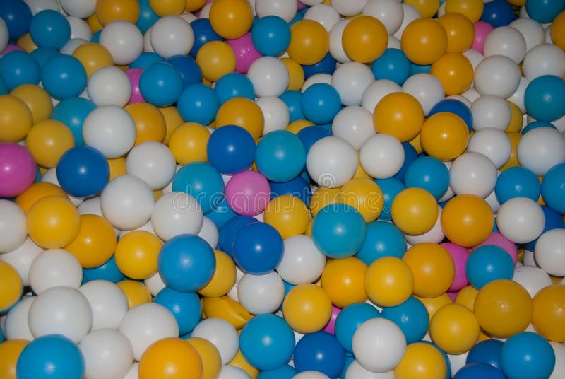Helder ballen zwembad royalty-vrije stock foto