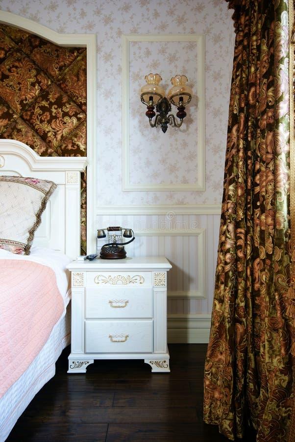 Helder en comfortabel huis stock foto's