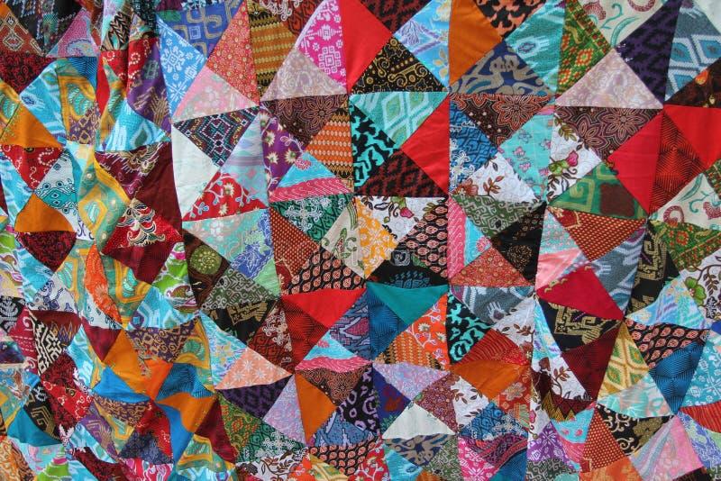 Helder gekleurd eigengemaakt lapwerk met abstracte patronen royalty-vrije stock afbeelding