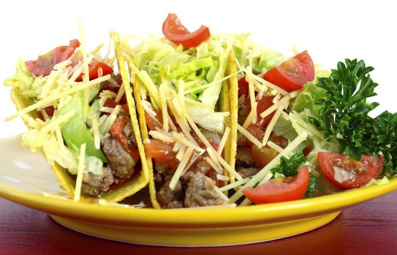Helder kleurrijk de partijvoedsel van Cinco de Mayo met schotel van taco's royalty-vrije stock foto