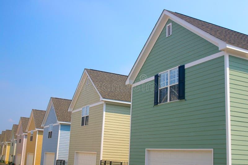 Heldere huizen stock afbeeldingen