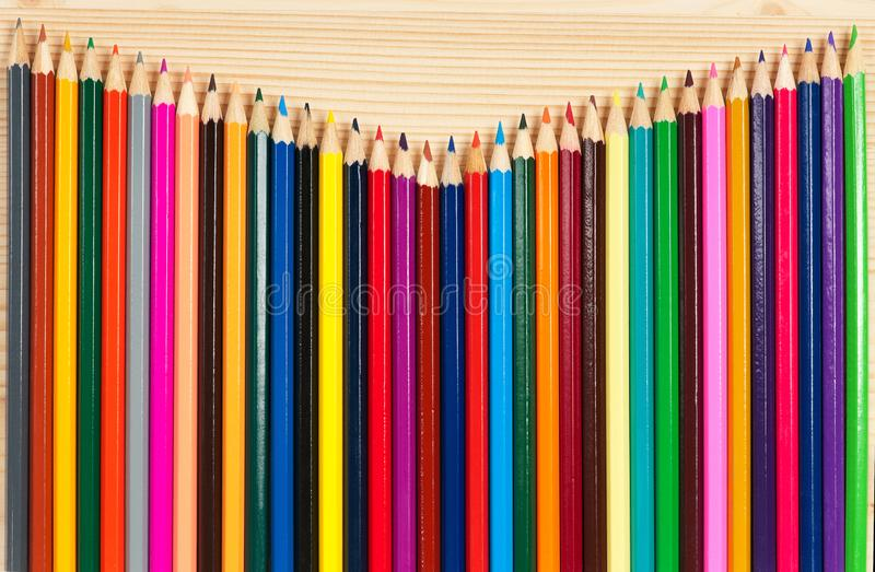 Heldere kleurrijke potloden royalty-vrije stock foto