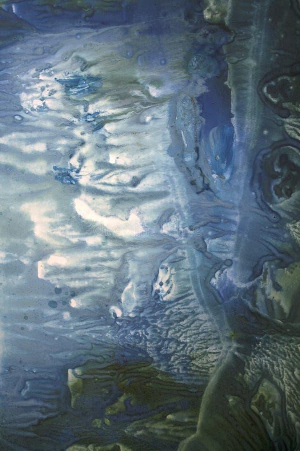 Heldere waterverfvlekken stock foto's