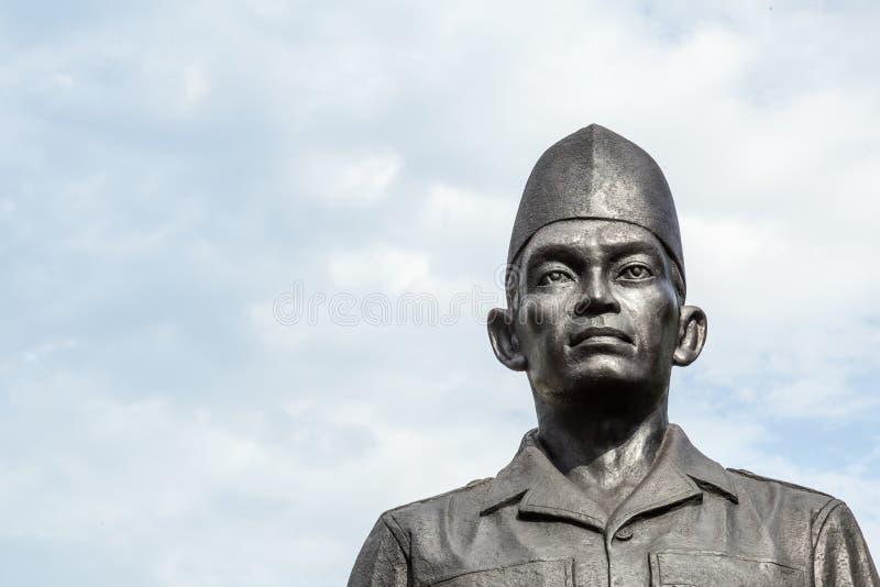 Heldmonument in Surabaya, Indonesien lizenzfreie stockfotografie