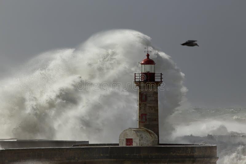 Helen-Sturm in dem Meer stockfoto
