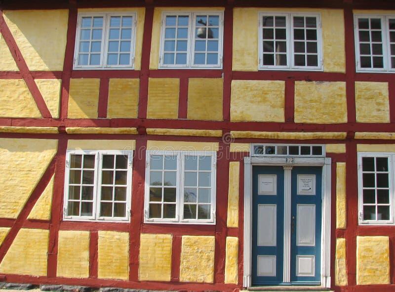 Helft-betimmerd huis in Faaborg stock foto