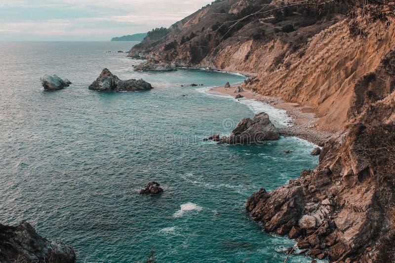 Helg till och med den Kalifornien kusten - huvudväg 1 arkivbilder