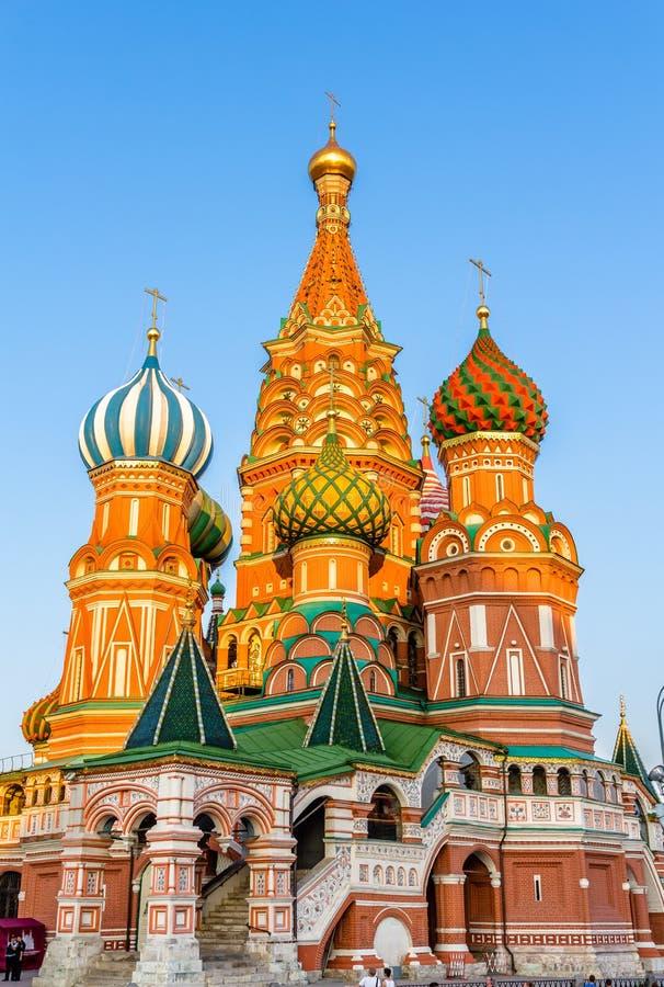 Helgon Basil Cathedral i röd fyrkant av Moskva arkivfoto