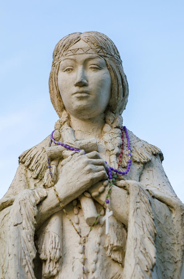 Helgon Kateri Tekakwitha på den Auriesville relikskrin royaltyfria foton