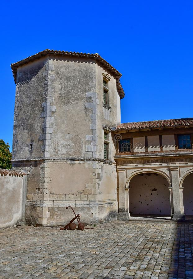 Helgon Martin de Re, Frankrike - september 25 2016: Hotell de Clerjo arkivfoton