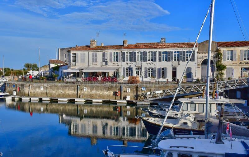 Helgon Martin de Re, Frankrike - september 26 2016: pittoresk vil royaltyfri foto