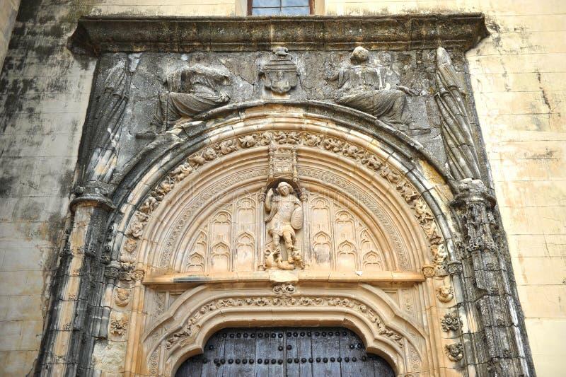 Helgon Michael Gate i kyrkan av St Matthew, landskap av Cordoba, Spanien royaltyfria foton