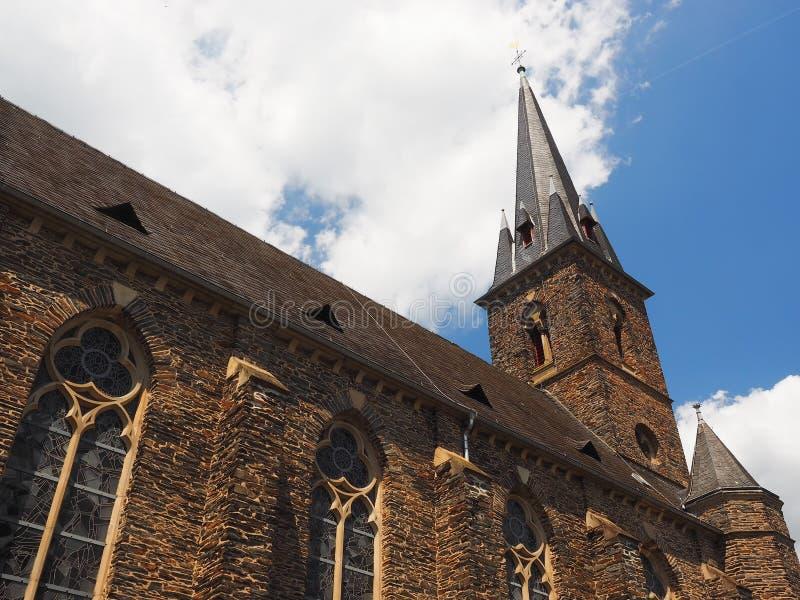 Helgon Nicolaus för församlingkyrka i den tyska staden Traben-Trarbach nära floden Moselle fotografering för bildbyråer