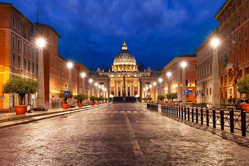 Helgon Peter Cathedral i Rome, Vaticanen, Italien royaltyfri fotografi