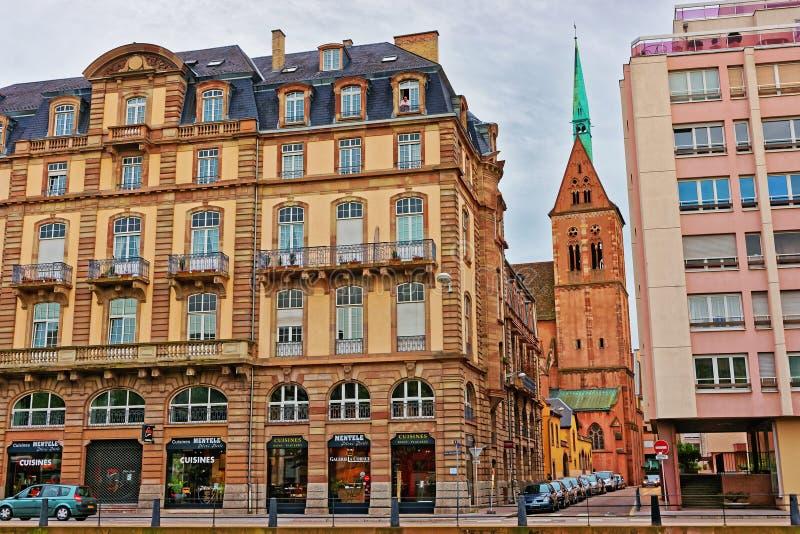 Helgon Peter Church i Strasbourg av Frankrike fotografering för bildbyråer
