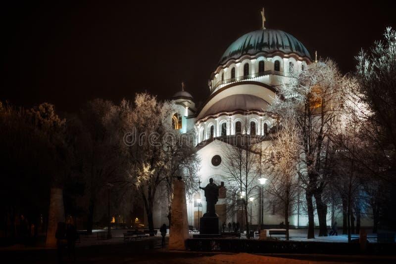 Helgon Sava Cathedral i Belgrade vid natt royaltyfria foton