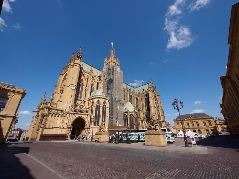 Helgon Stephen Cathedral i Metz, Frankrike arkivfoto