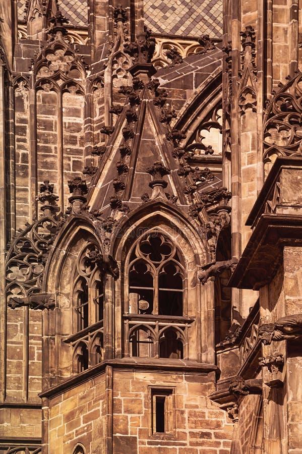 Helgon Vitus Cathedral i den Prague slotten Hradcany, Retro stilima fotografering för bildbyråer