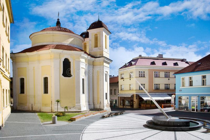 HelgonFlorian kapell vid bågen Dientzenhofer historisk stadmitt av staden Kladno, centrala Bohemia, Tjeckien arkivbilder