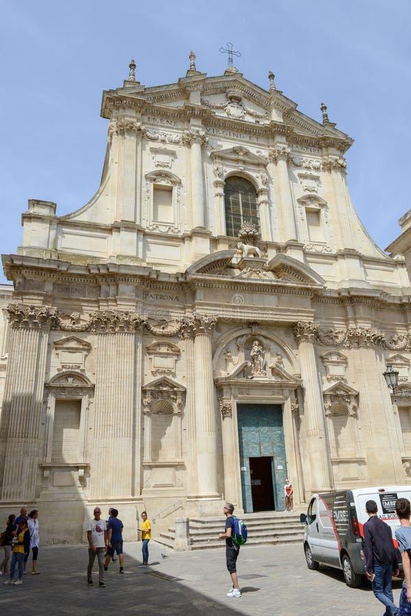HelgonIrene kyrka på Lecce i Puglia, Italien arkivbilder