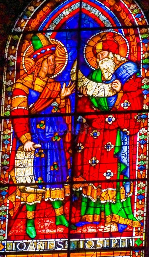 HelgonJohn Joseph Stained Glass Window Duomo domkyrka Florence arkivbilder