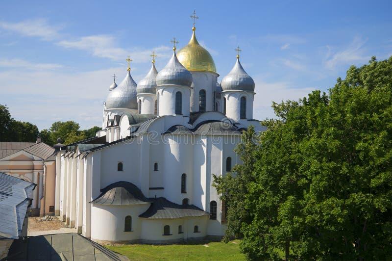 HelgonSophia Cathedral juli dag veliky novgorod för antagandeauktionkyrka arkivfoto