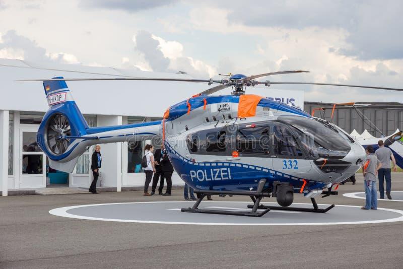 Helicóptero alemão de Eurocopter H145 da polícia foto de stock royalty free