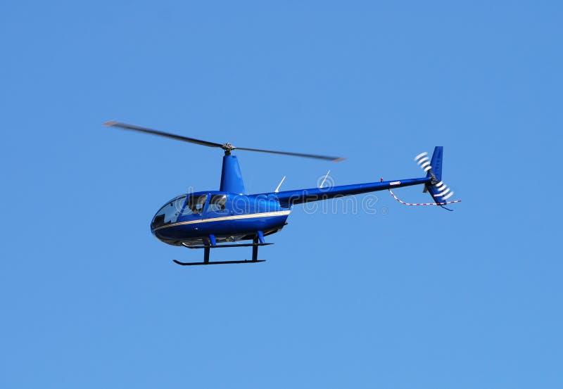 Helicóptero azul fotos de archivo