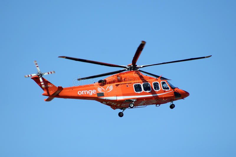Helicóptero da ambulância de ORNGE fotografia de stock