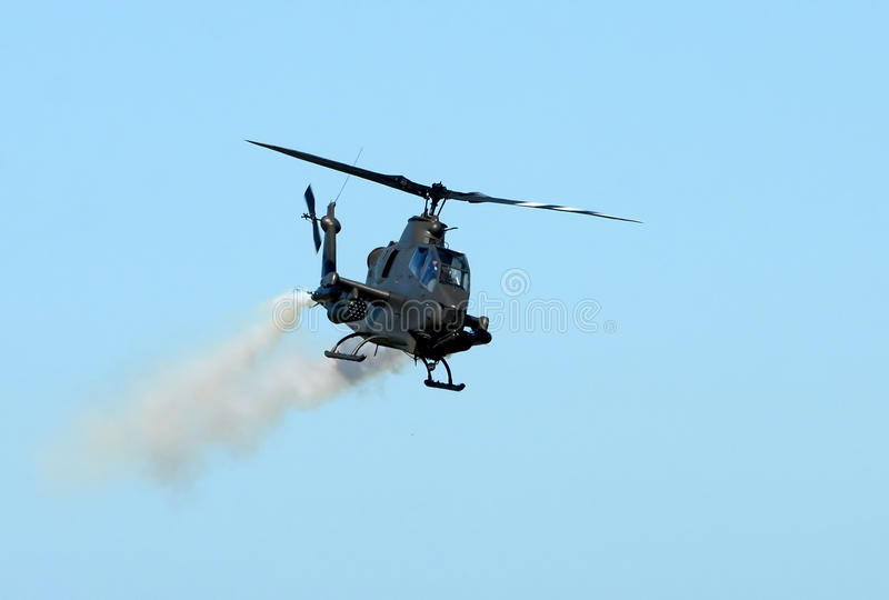 Helicóptero de ataque do exército imagem de stock