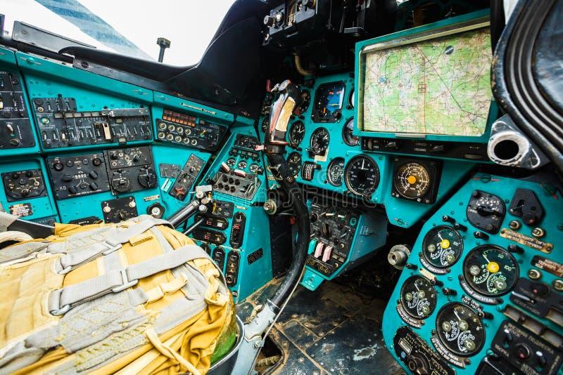 Helicóptero de múltiplos propósitos soviético do transporte do russo fotografia de stock royalty free