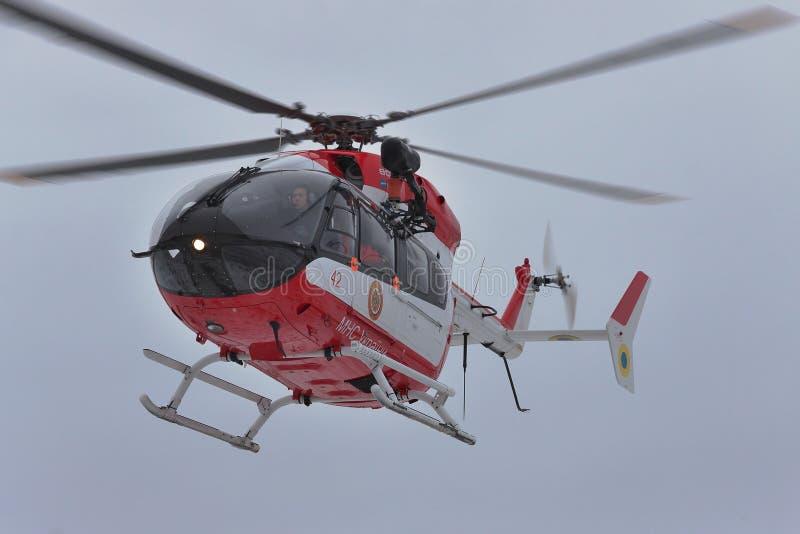 Helicóptero del rescate de Eurocopter EC145 imagenes de archivo