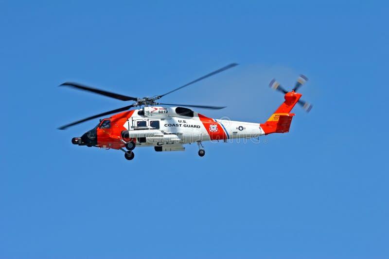 Helicóptero do protetor de costa dos E.U. imagens de stock royalty free