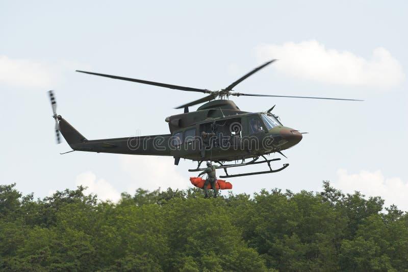 Helicóptero do salvamento foto de stock