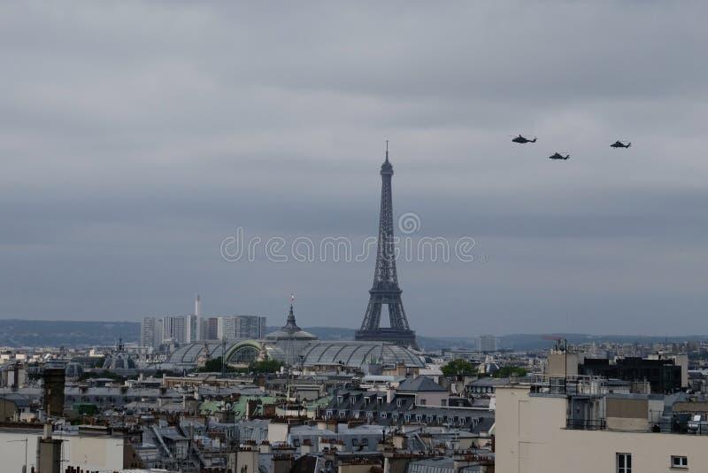 Helicópteros do dia de Bastille fotografia de stock royalty free