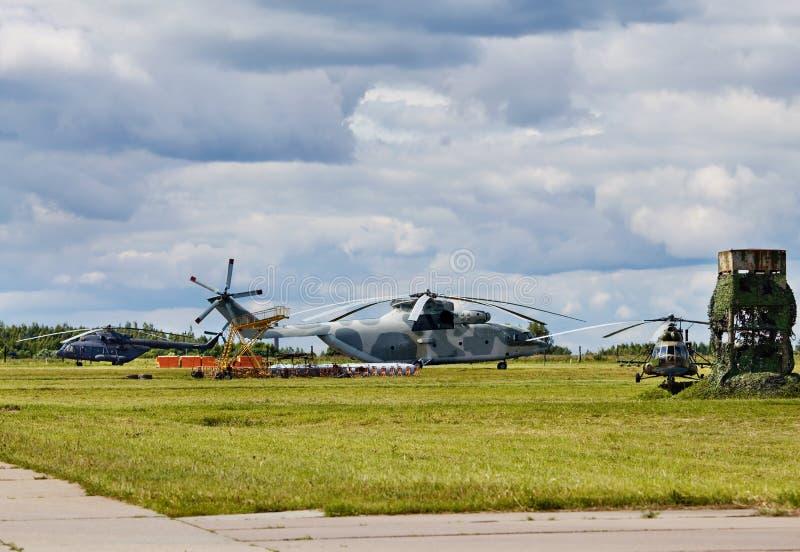 Helicópteros do transporte imagem de stock royalty free
