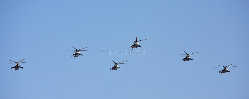 Helicópteros rusos de la fuerza aérea imagen de archivo libre de regalías