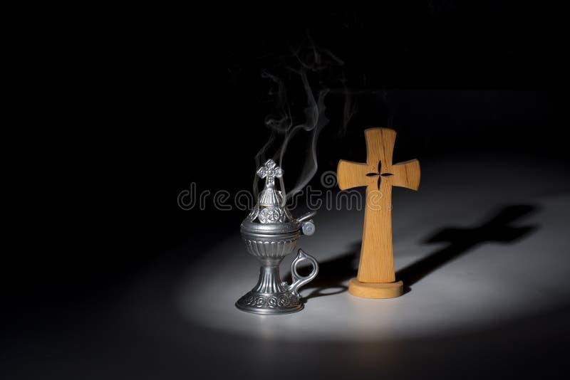 Helig rökelse-gasbrännare, religionsymbol fotografering för bildbyråer