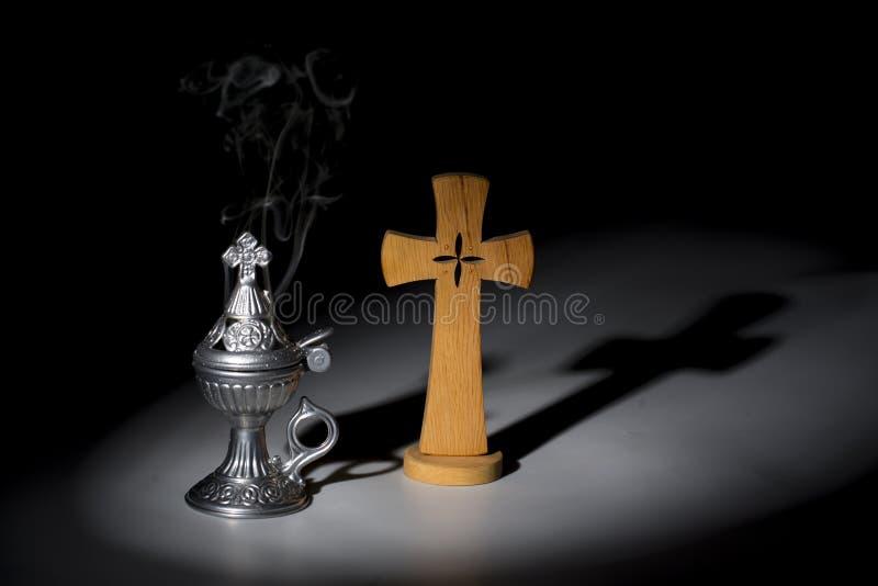 Helig rökelse-gasbrännare, religionsymbol royaltyfri bild