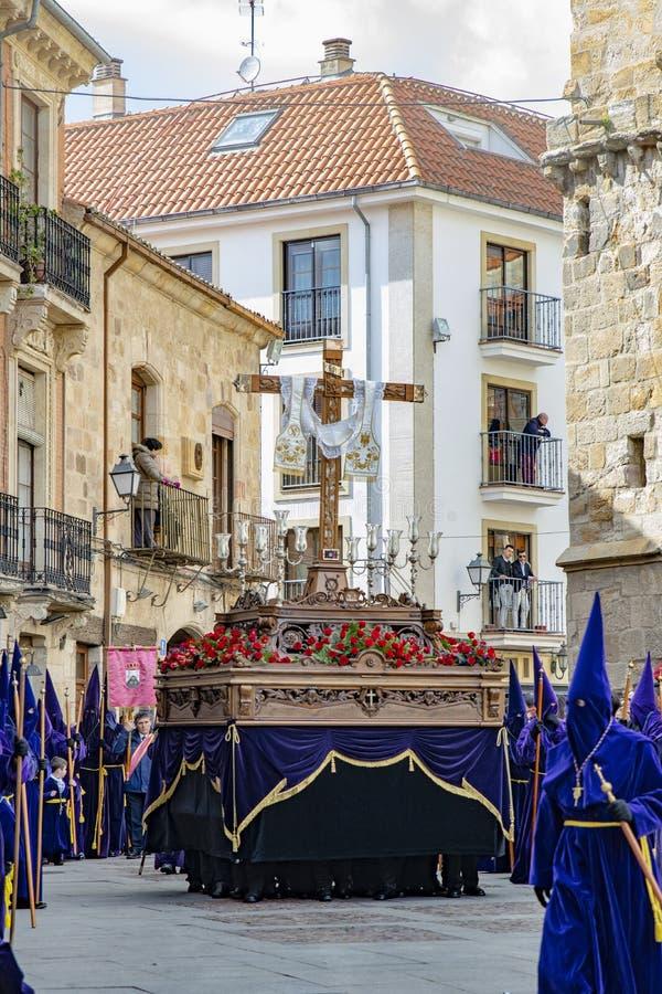 Helig torsdag procession i Zamora, Spanien royaltyfria bilder