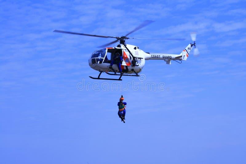Helikopter 2 van de kustwacht royalty-vrije stock afbeeldingen