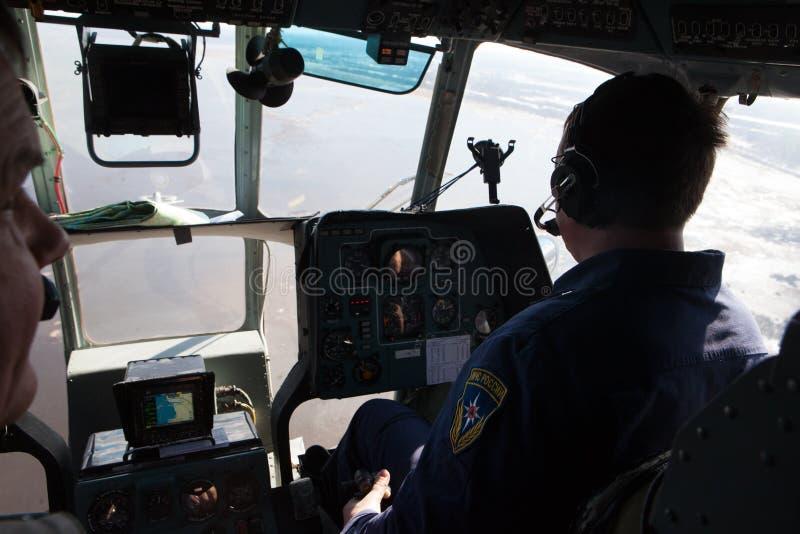 Helikopter för besättningnödlägedepartement royaltyfria foton