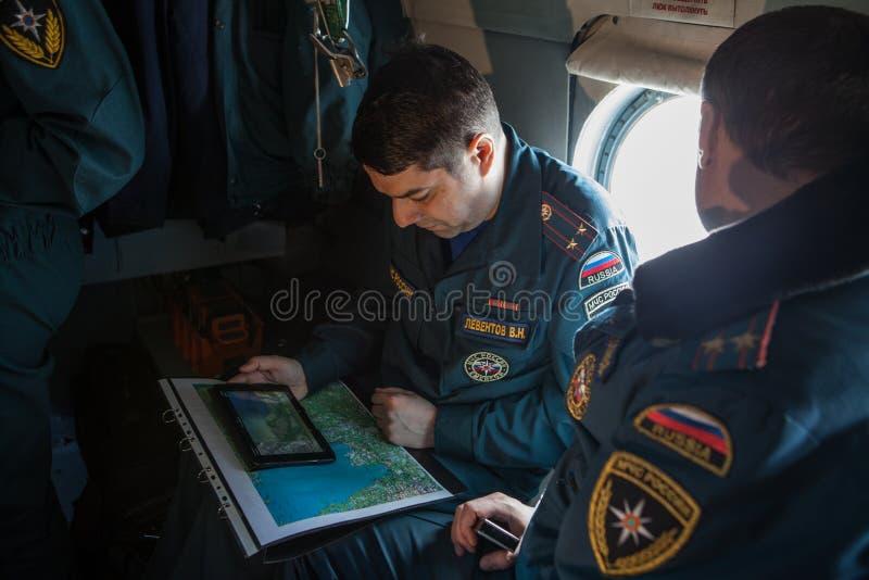 Helikopter för besättningnödlägedepartement royaltyfria bilder