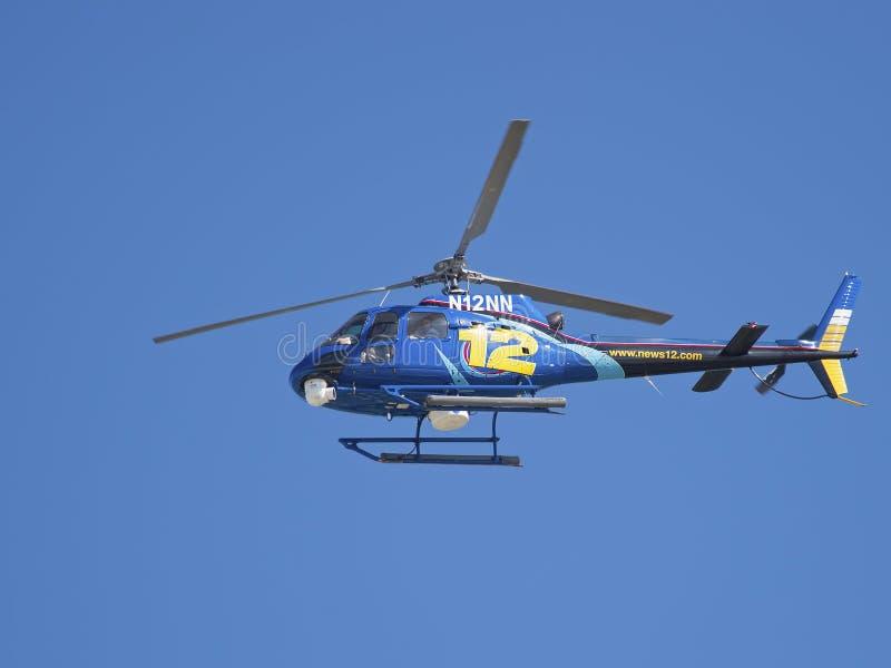 Helikopter för nyheterna 12 royaltyfri fotografi