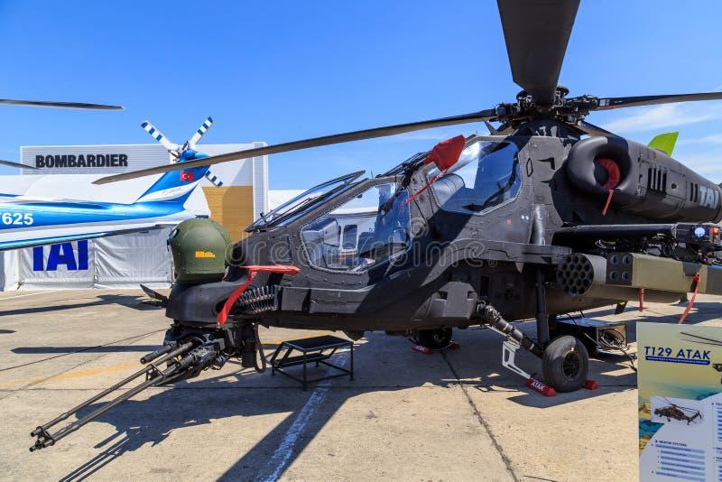 Helikopter för TAI T129 ATAK arkivfoton