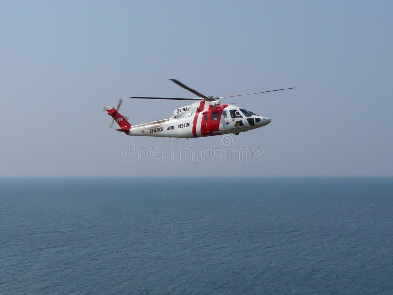 Helikopter over overzees royalty-vrije stock foto