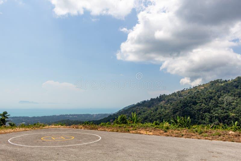 Heliport i djungeln Thailand fotografering för bildbyråer