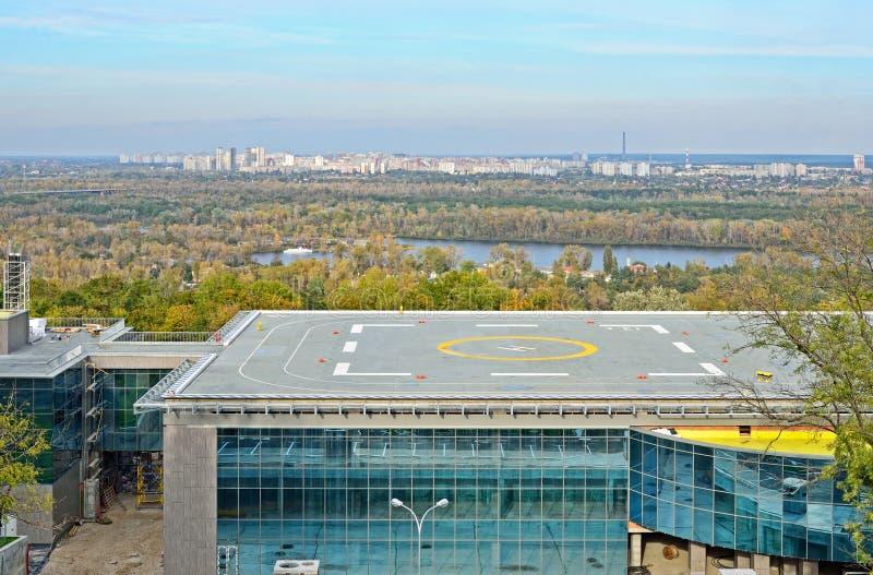 Helipuerto en la ciudad Kyiv imágenes de archivo libres de regalías